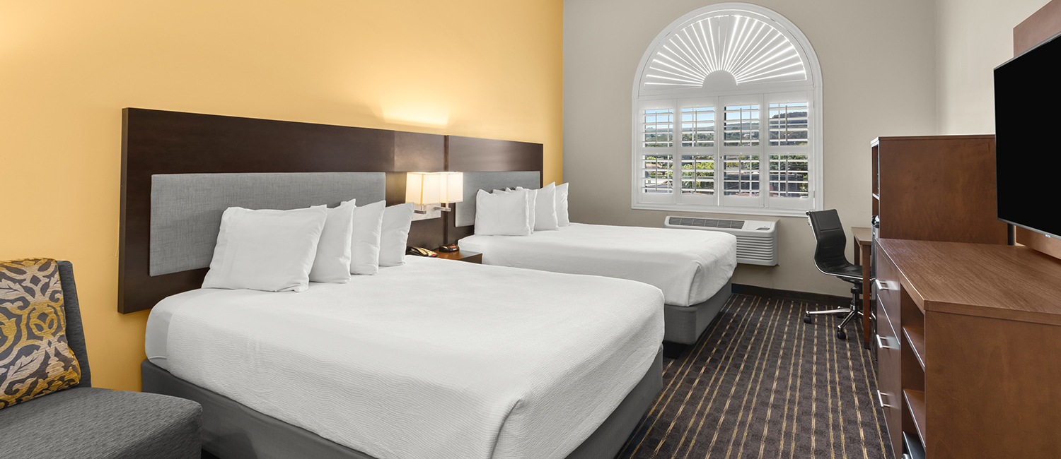 PERFECT ACCOMMODATIONS FOR A FAMILY OR A BUSINESS TRAVELER